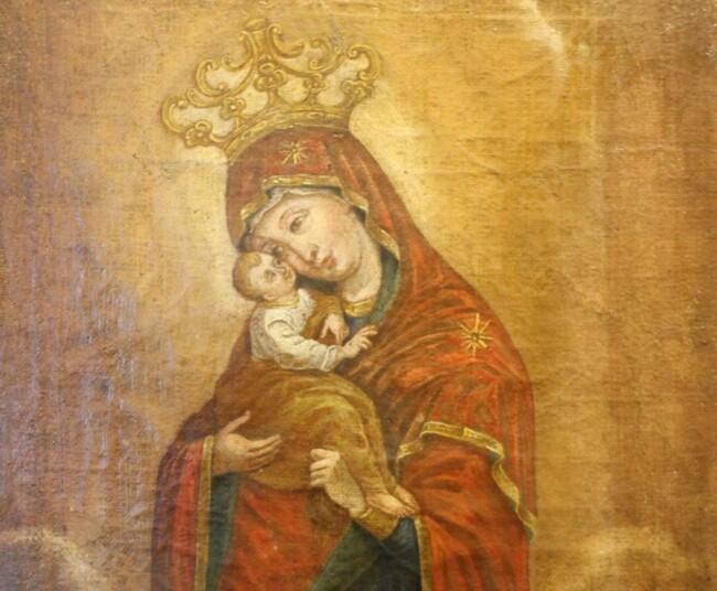 Как возник обычай коронования чтимых образов Богоматери?