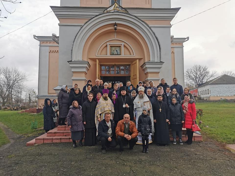 Викарный епископ Ладыжинский Сергий совершил Божественную литургию в Кинашеве