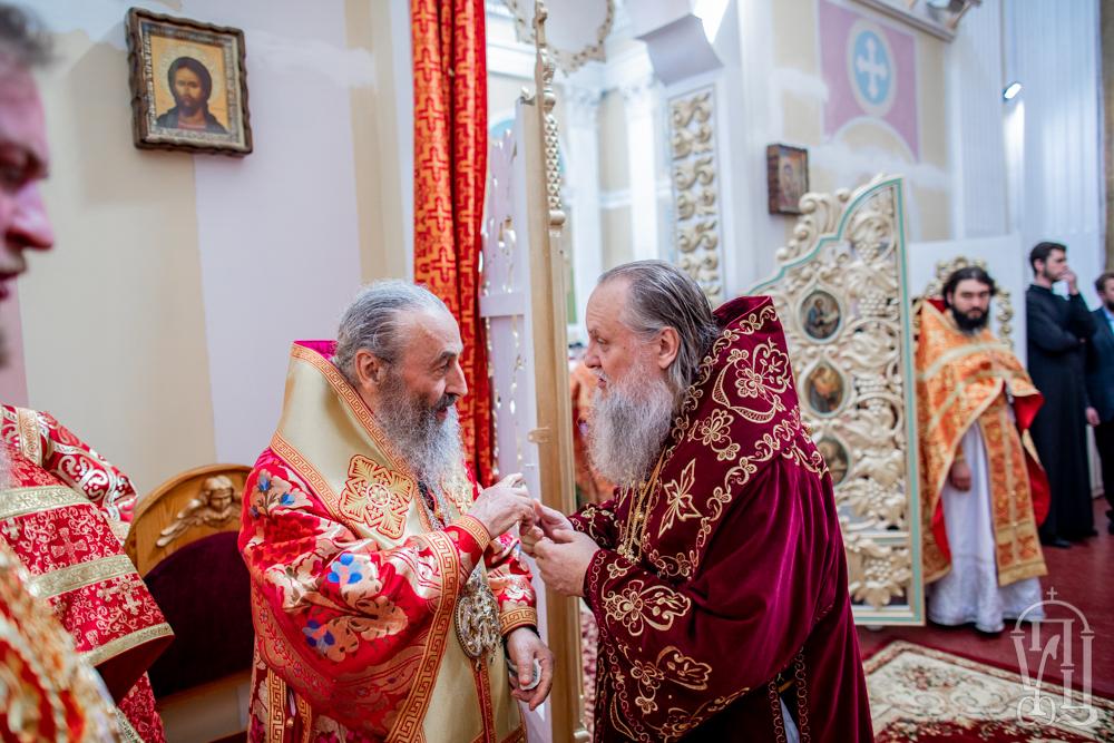 Блаженнейший митрополит Киевский и всея Украины Онуфрий поздравил митрополита Тульчинского и Брацлавского с днем ангела